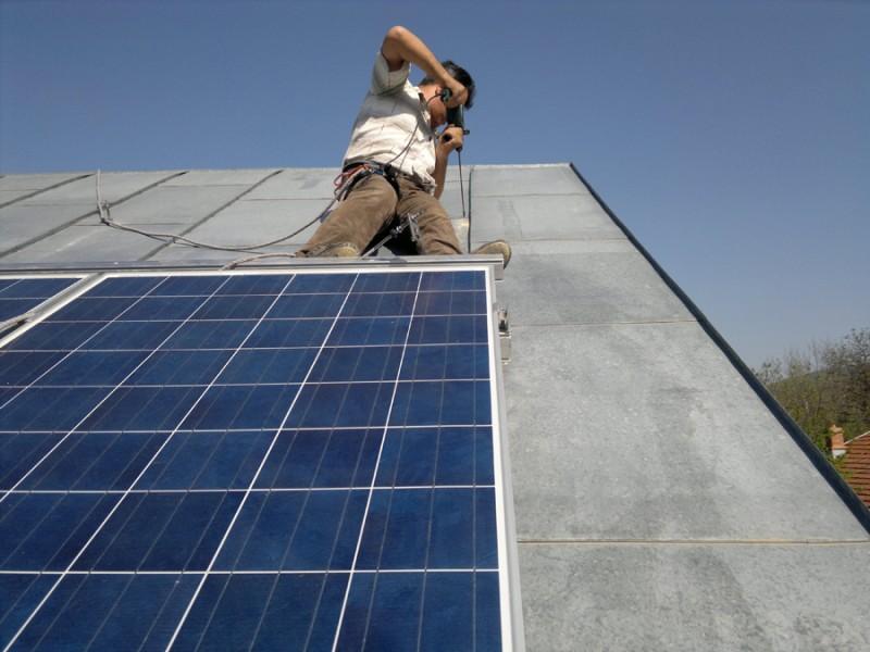 Poza Revizie panouri solare. Poza 57