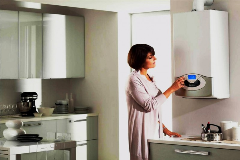 Poza Montajul, punerea in functiune si autorizarea de functionare a unei centrale termice de apartament. Poza 80